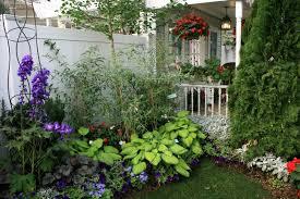 small gardens landscaping ideas hawaii careless gardener great