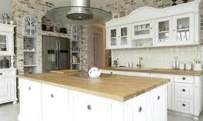 comptoir cuisine bois comptoir bois cuisine comment choisir et entretenir les surfaces de