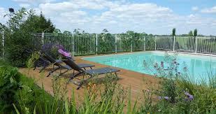 chambre hote puy du fou chambre d hôte vendée puy du fou location de charme avec piscine