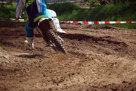 motocross dirt bike green and white motocross dirt bike free image peakpx