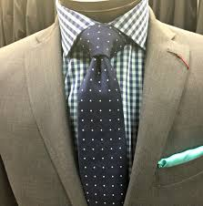 wide tie a tie knot can make you look neck heavy or style savvy