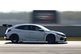 honda civic type r 2018 complete lunatic 2018 honda civic type r tcr racer revealed