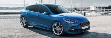 2018 ford focus price specs release date carwow