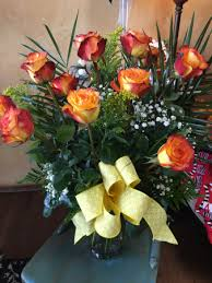 yellow roses with tips high n magic roses dz yellow roses with tips in yukon ok