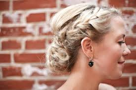 how to do the country chic hairstyle from covet fashion ehow a chic danish diy backyard wedding