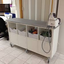 Corner Sewing Table by Best 25 Sewing Room Organization Ideas On Pinterest Sewing