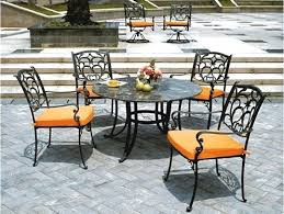 how to paint wrought iron furniture spray paint wrought iron patio