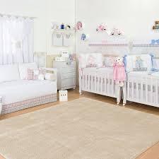chambre jumeaux fille gar n imaginer meubler et décorer la chambre bébé jumeaux idéale