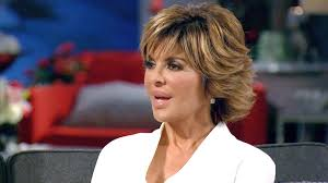 lisa renick hairstyles holy haircut lisa rinna shows off freshly shaved head the daily