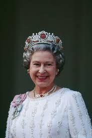 Queen Elizabeth by 285 Best Queen Elizabeth U0027s Jewels Images On Pinterest Royal
