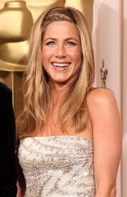 what is the formula to get jennifer anistons hair color jennifer aniston s hair evolution proves she s never had a bad