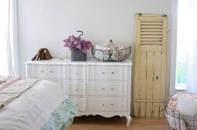 25 shabby chic decorating ideas to brighten up home interiors and