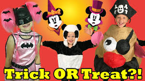 Halloween Costumes Ideas For Family Of 5 by Mickey U0027s Halloween Party At Disneyland U0026 Huge Trick Or Treat Candy