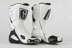 best sport motorcycle boots mcn biking britain survey top 10 most comfortable racing boots mcn
