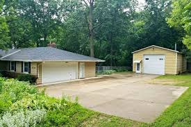 3 Car Detached Garage 4879 Felland Rd Burke Wi Local Cottage Grove Area Experts