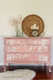 Shabby Chic Furniture Paint Colors by Best 25 Pink Furniture Ideas On Pinterest Pink Gold Bedroom