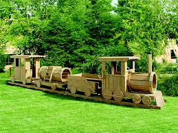 4 piece train set backyard escapes
