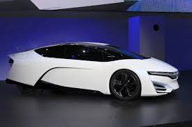 future cars 2050 hydrogen fuel cell car questions toyota honda u0026 hyundai respond
