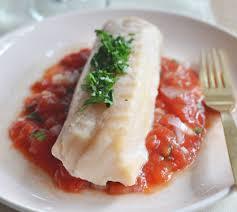 cuisiner filet de cabillaud filet de cabillaud concassée de tomates à la coriandre recette