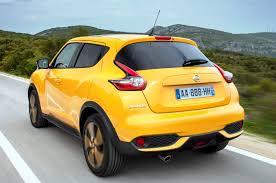 nissan juke black and yellow driven nissan u0027s uninhibited but affable juke wayne u0027s world auto