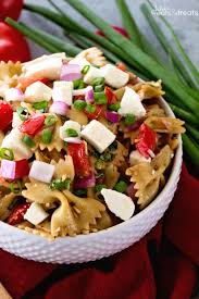 bruschetta caprese pasta salad recipe julie u0027s eats u0026 treats