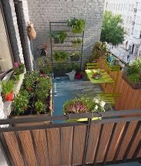 decoration petit jardin décoration petit balcon appartement aménager une terrasse