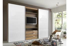 tv dans chambre armoire dressing avec emplacement tv novomeuble