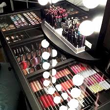Portable Hair And Makeup Stations 83 Best Noel Stuff Images On Pinterest Make Up Makeup And