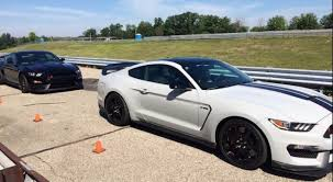 mustang gt curb weight gt350r mustang weight announced 2015 mustang forum