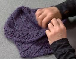mobius scarf pattern cat bordhi lacey moebius cowl a free pattern