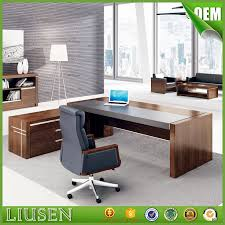 Office Table Design Best 25 Executive Office Desk Ideas On Pinterest Executive