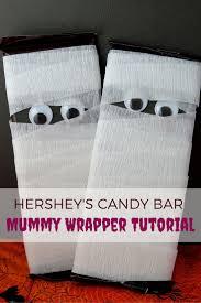 mummy crafts for halloween halloween treats candy bar mummy tutorial scraplifters