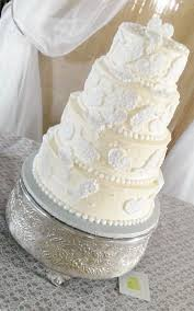 wedding cake frosting cheese frosting wedding cake