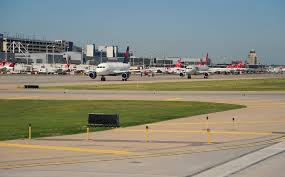 the world u0027s most punctual airports and airlines cnn travel