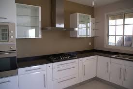 cuisine moderne taupe choix couleur peinture cuisine meilleur de cuisine blanche et taupe