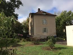 Immobilienwelt Haus Kaufen Exklusive Erdgeschoßwohnung Mit Großen Garten Garage Und Sauna