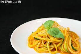 zucchini pasta with fresh tomato sauce recipe i can cook that