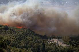 Wildfire Burning Near Me by Wildfires Burn Out Of Control In Pacific Northwest