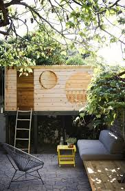 Tree House Backyard by Best 25 Kids House Ideas On Pinterest Playground Ideas Tree