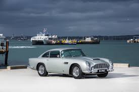 chrome aston martin paul mccartney u0027s aston martin db5