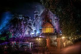 halloween ghost and haunted house background disney u0027s haunted mansion wallpaper wallpapersafari