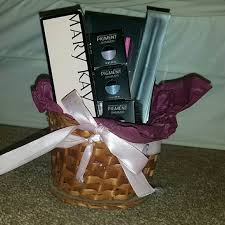 makeup gift baskets 57 younique other younique gift basket from rayna s closet