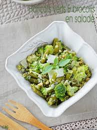 cuisiner brocolis a la poele alter gusto haricots verts brocolis en salade au parmesan