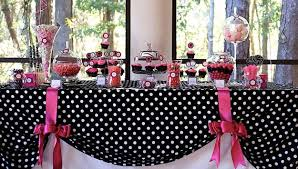 easy colorful ideas adding polka dots to table decoration
