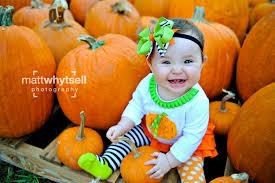 pumpkin patch maternity kate visits a pumpkin patch florida family