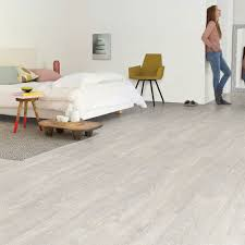 Quick Step Impressive Ultra Classic Quick Step Impressive Patina Classic Oak Grey Planks Im3560