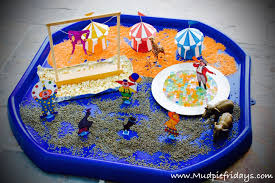 circus small world play for preschoolers mudpiefridays com