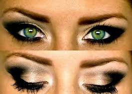 avril lavigne with her signature all black eye shadow