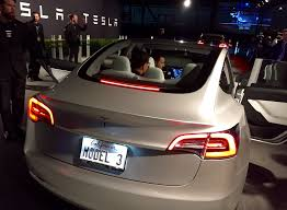 there u0027s a reason for the tesla model 3 trunk design