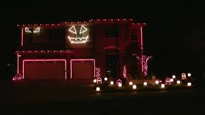 halloween decorated houses halloween light show 2010 hd thriller michael jackson youtube
